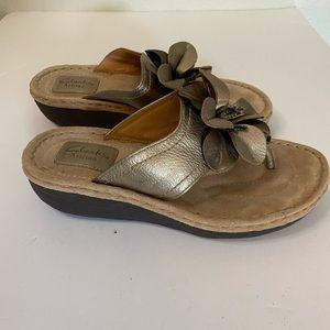 Clarks artisan Latina samba sandal gold 7